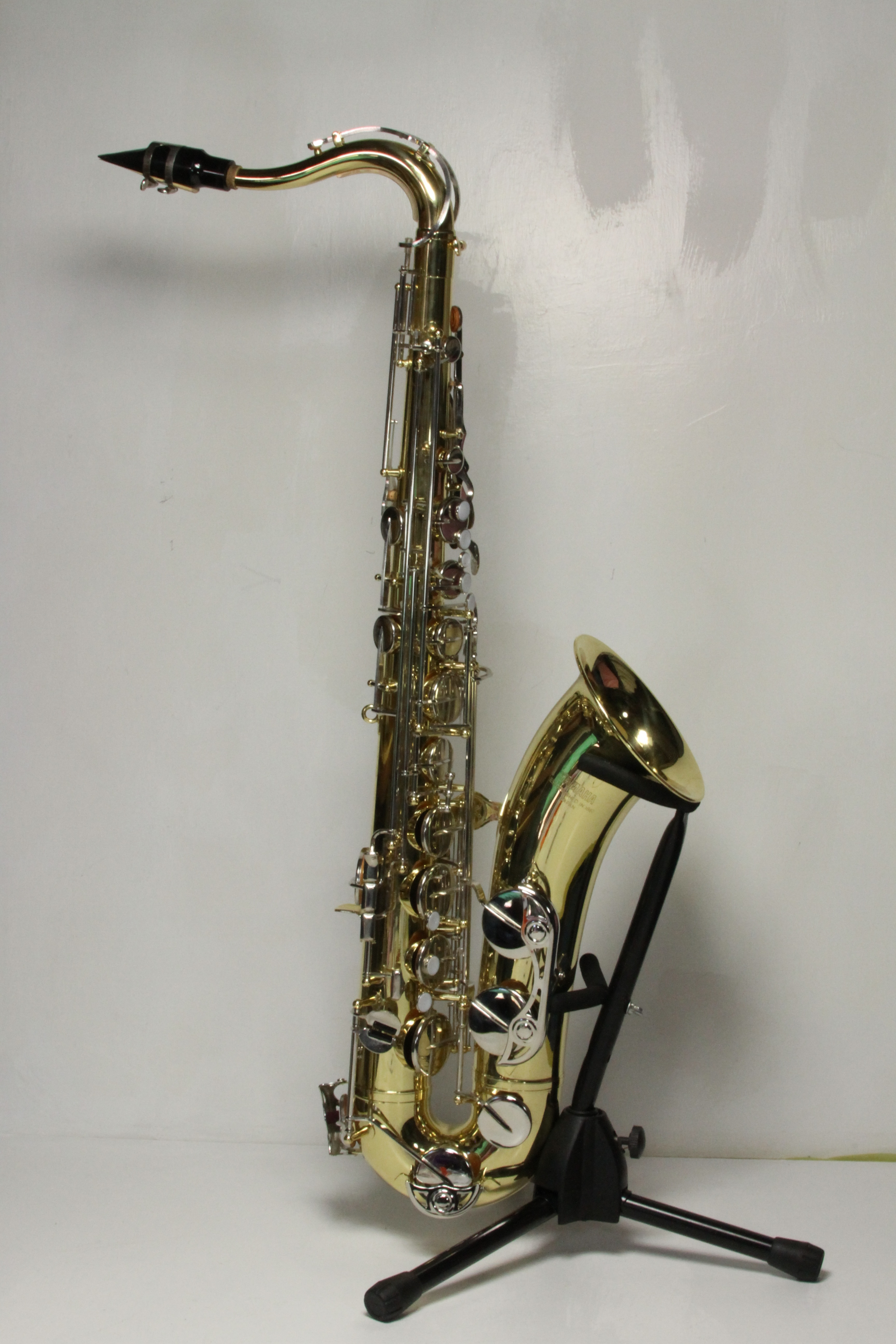 yamaha ts 100 tenor saxophone in case used with 3 months warranty ebay. Black Bedroom Furniture Sets. Home Design Ideas